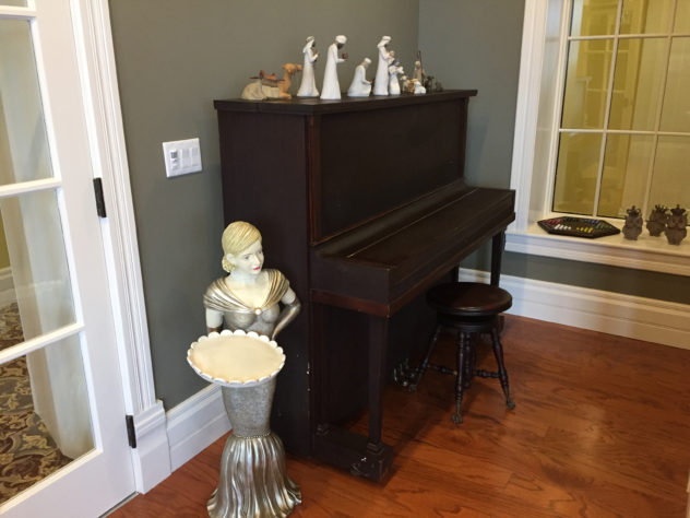 marilyn-the-piano